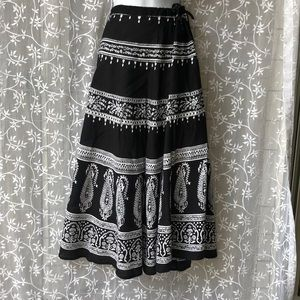 Uniti Casuals Bohemian Black & White Full Skirt